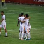 Camboriú e Hercílio Luz empatam em jogo de seis gols
