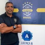 Celso Rodrigues é o novo treinador do Camboriú FC